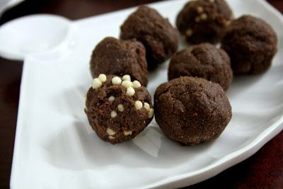 Chocolates balls cooking without fire recipe chocolate snacks chocolates balls cooking without fire forumfinder Gallery