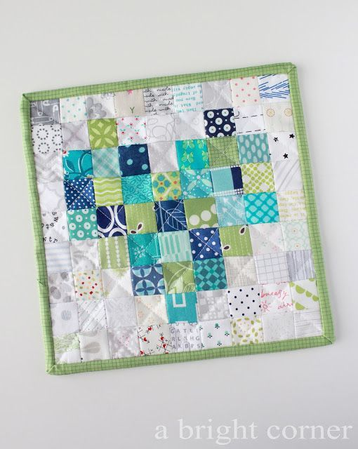 Pixelated Hearts (A Bright Corner) | Mini quilts, Corner and ... : quilts corner - Adamdwight.com