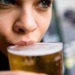 ¡Qué mejor noticia que saber que la cerveza puede tener importantes beneficios para tu salid! Aquí te presentamos los 10 beneficios más importantes