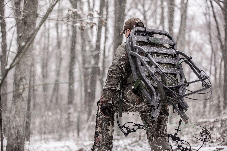 Summit Treestands Tripod deer stand, Summit, Hunting gear
