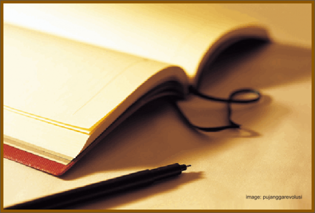 Menulis merupakan pekerjaan yang sangat mengagumkan,walaupun pada dasarnya semua orang mampu menulis. Kita sudah di ajarkan menulis sejak duduk di sekolah dasar dulu, ya tentu saja menulis dalam artian yang sederhana