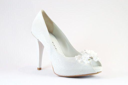 Giorgio Piergentili Italian Designer Wedding Shoes  SKU: 8673G DESIGNER: Giorgio Piergentili COLOR: White MATERIAL: Suede SHOE TYPE: Platform  http://www.firenzeshoes.ca/displayproduct.asp?pID=184&catID=3