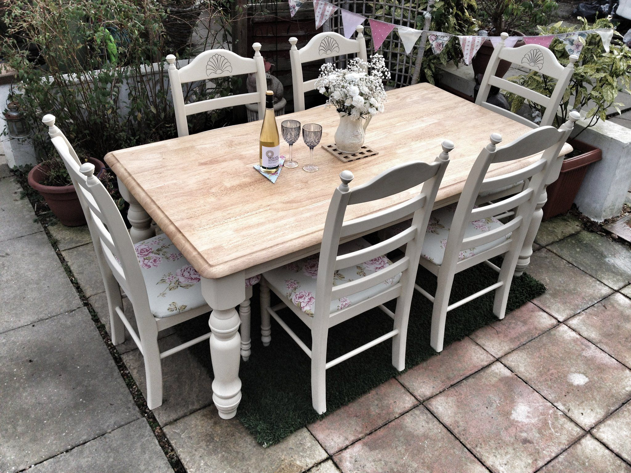 Shabby Chic Oak table and chairs Shabby