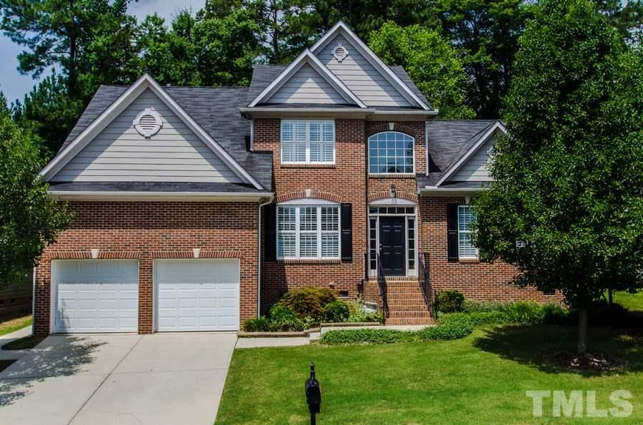 great home in raleigh with first floor master suite moving to rh pinterest com