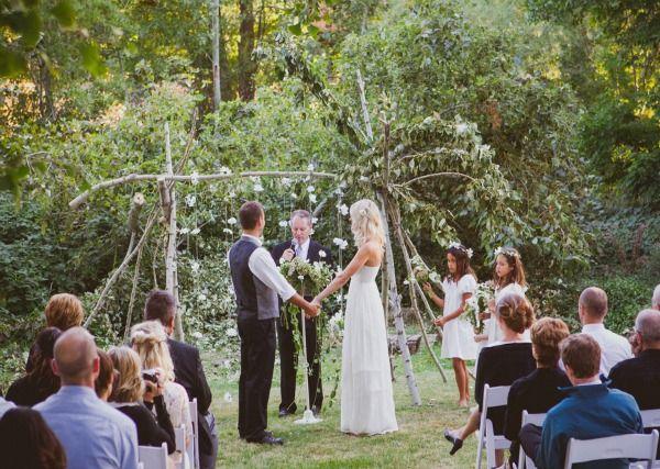We are loving Lindsay and Cody's Boho Chic Wedding!