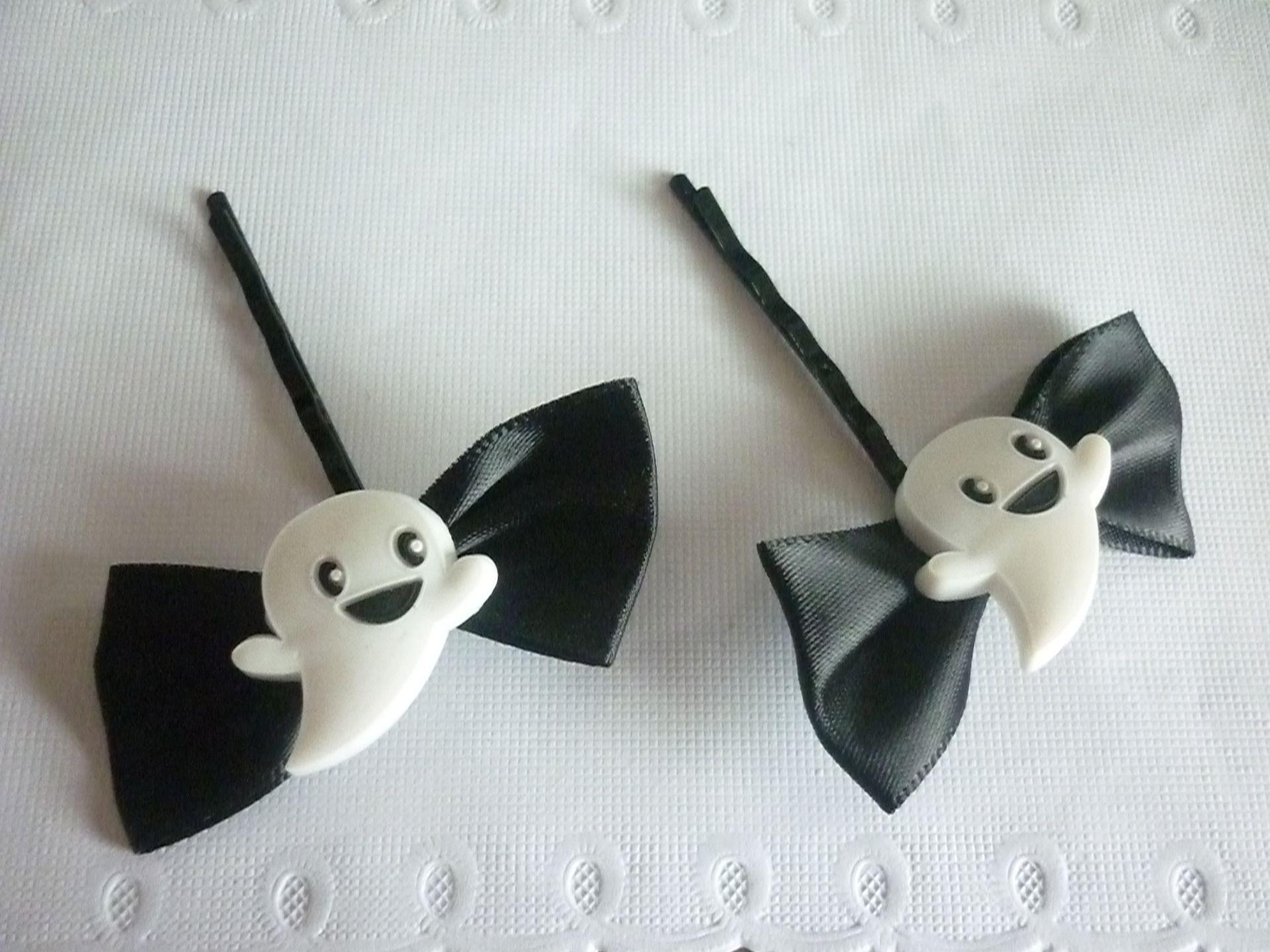 Barrette Halloween noeud noir et fantôme blanc, vendue par lot de 2. : Accessoires coiffure par laboiteabijouxnanny