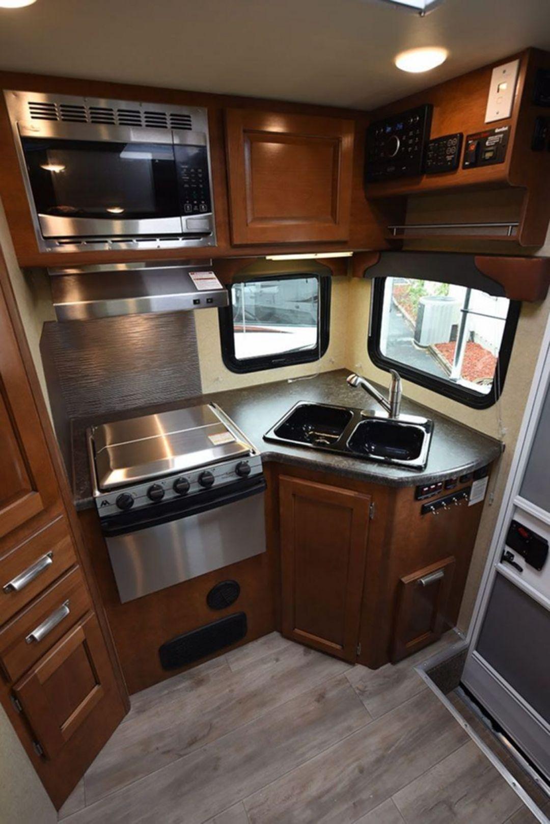 Best 20 Rv Camper Kitchen Renovations For Early Enjoyable Camping Preparation Ideas En 2020 Avec Images Camion Campeur Tente Caravane Campeurs Renovees