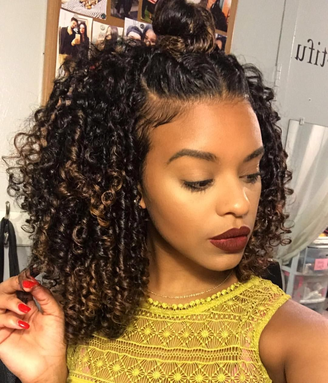 Pin by Mariale Morales on Hair and Nail  Curly hair