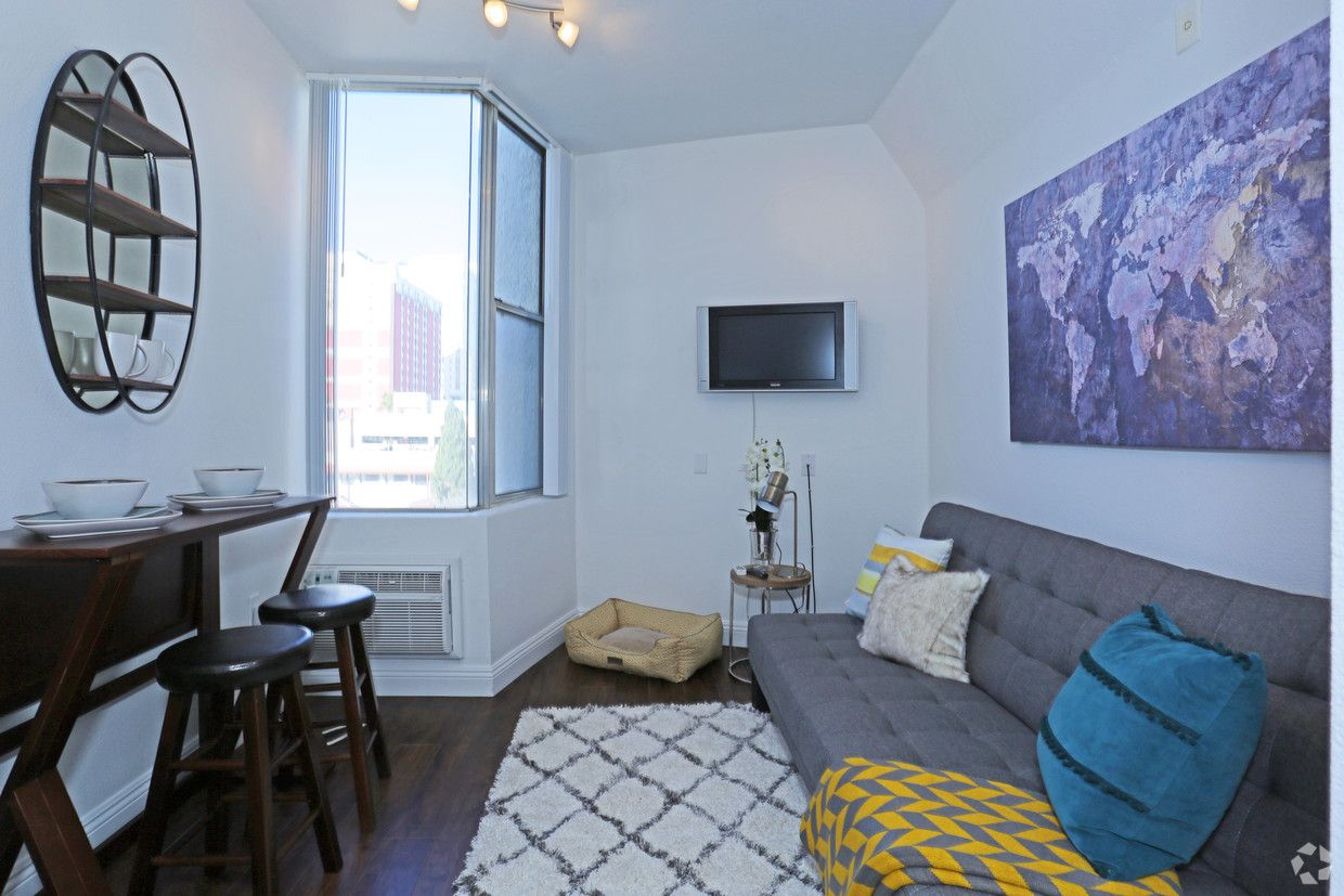 See All Available Apartments For Rent At The 211 Downtown In Las Vegas Nv The 211 Downtown Has Rental Units Starting Apartment Las Vegas Apartments For Rent