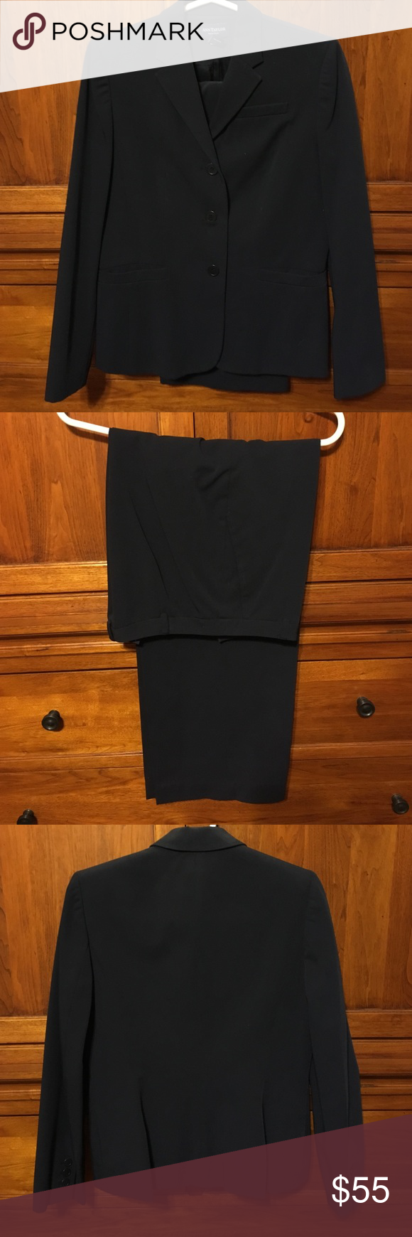 EUC Navy Ann Taylor pantsuit Poly/rayon/spandex blend. Kept bagged and recently dry cleaned. Ann Taylor Pants Trousers