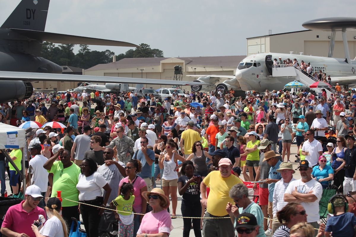 205,000 attend 2015 Seymour Johnson Air Show (Wings Over