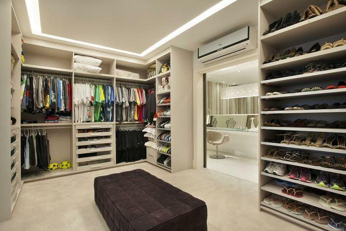 Closets Pequenos E Grandes Com Bancadas De Make