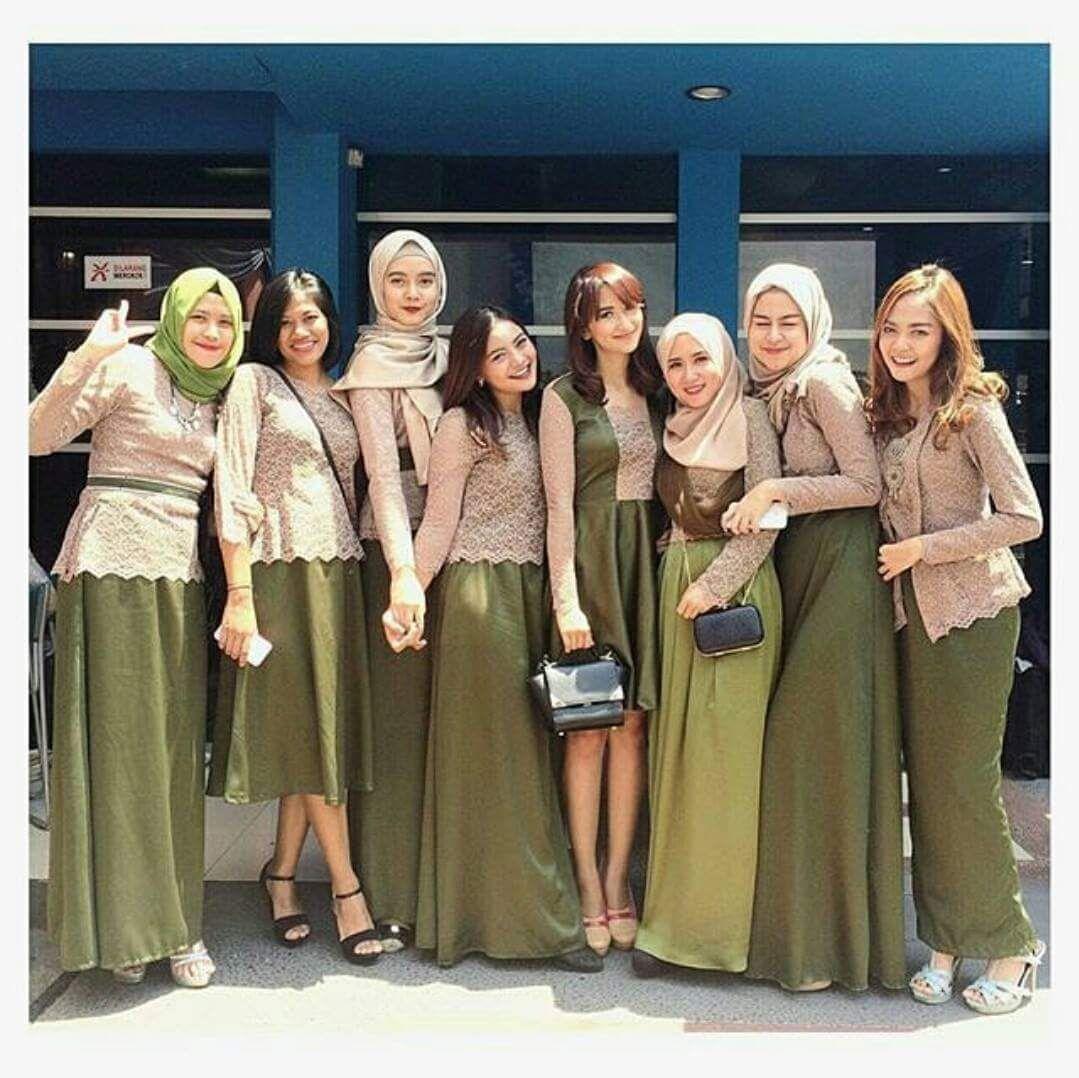 Model Kebaya Seragam Hijau Trend 2017 Pernikahan Acara Keluarga