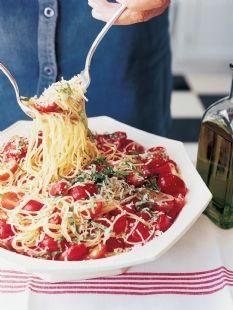 Barefoot Contessa - Recipes - Summer Garden Pasta ...looks delicious!!