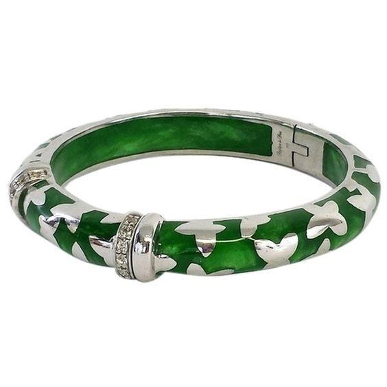 Pre-owned Farfalle Vermeil Jade & Silver Bracelet (720 DKK) ❤ liked on Polyvore featuring jewelry, bracelets, accessories, none, bracelet bangle, angelique de paris bracelet, jade jewellery, silver bracelet jewelry and bracelet jewelry: