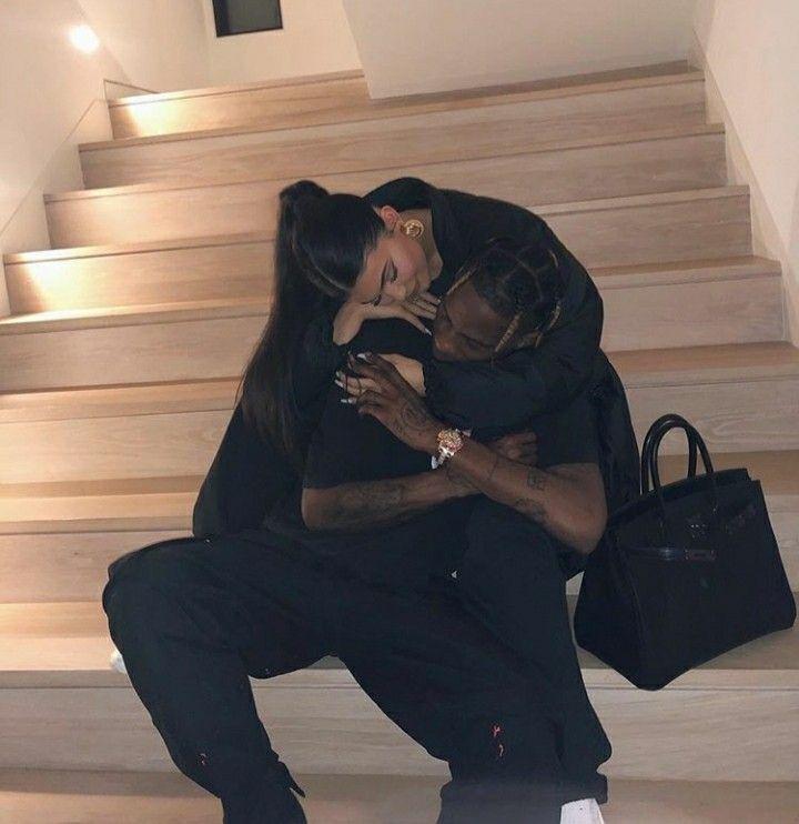 Kylie Jenner y Travis Scott #travisscottwallpapers