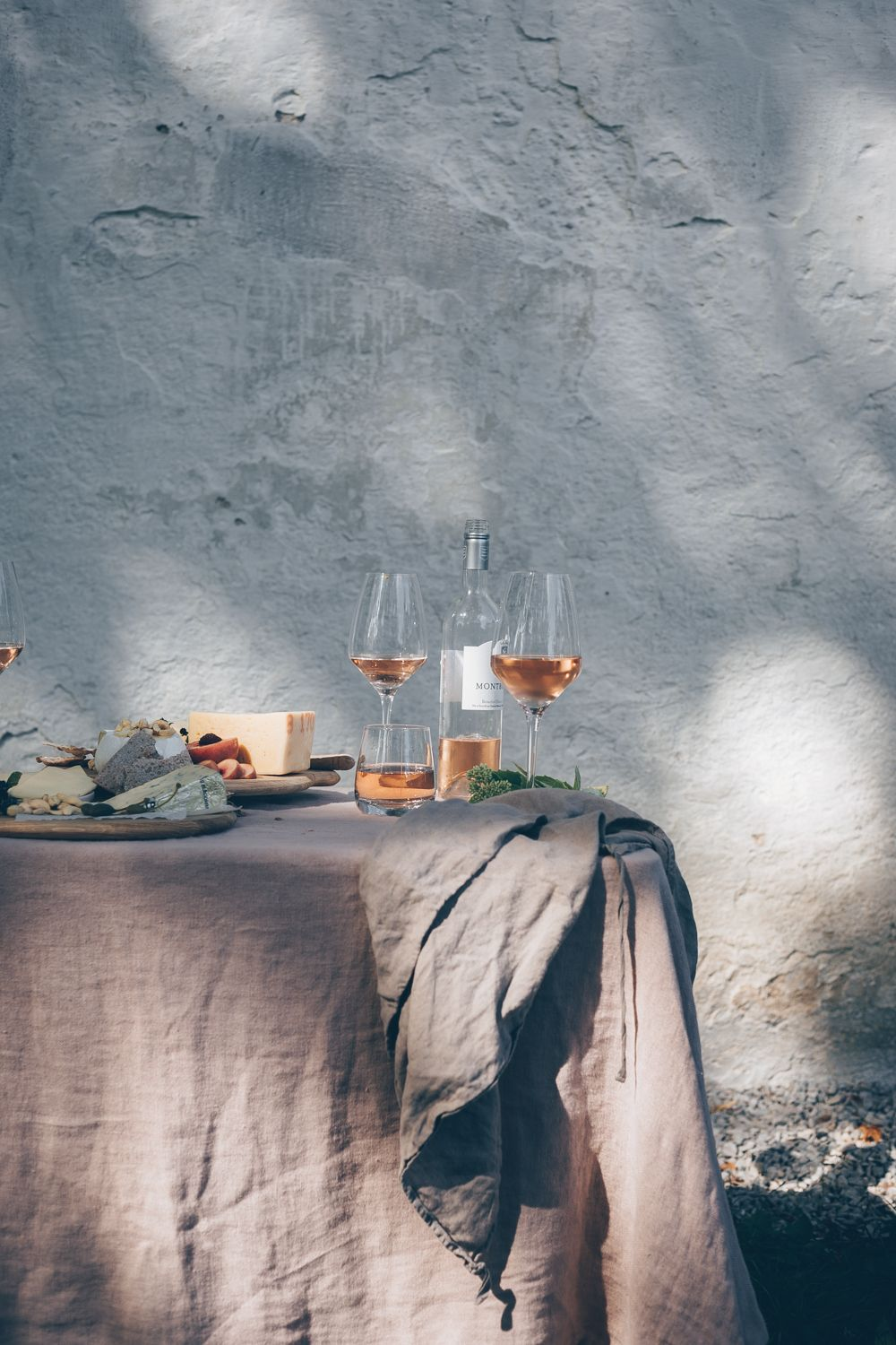WANDER STORIES | FOOD STYLING & PHOTOGRAPHY RETREAT IN GOTLAND, SWEDEN | black.white.vivid.