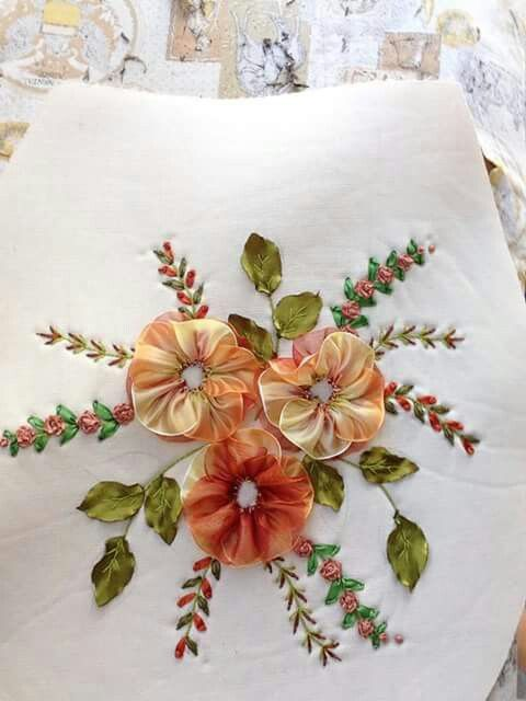 Flor de ondas y espigas de puntada de conchita pinteres - Cintas para decorar ...