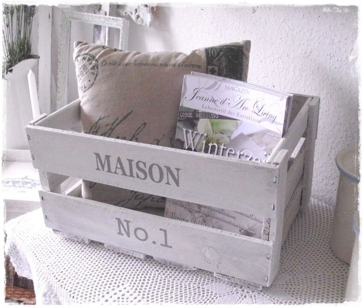 Bücherregale - ~ shabby Weinkiste ~ Holzkiste - ein Designerstück von Villa-Vintage-Chic bei DaWanda