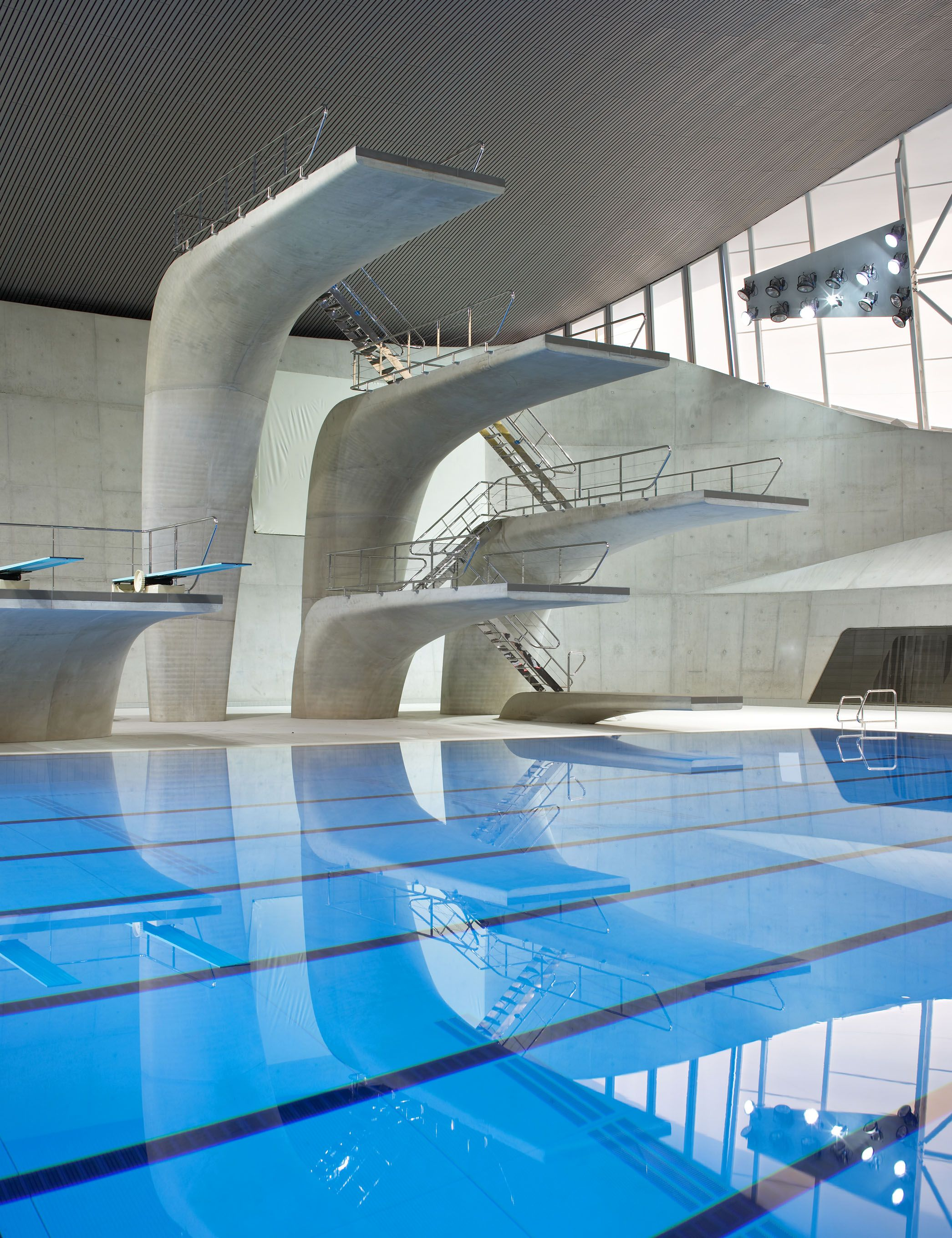 Home to have angered locals is a 30 000 square foot creation of hadid - Springboards Of The Acquatics Centre Of London By Zaha Hadid