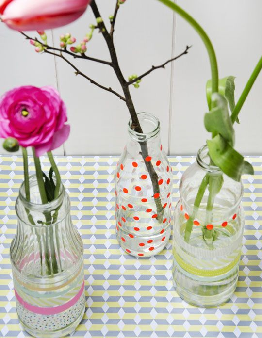 Decorate glass bottles