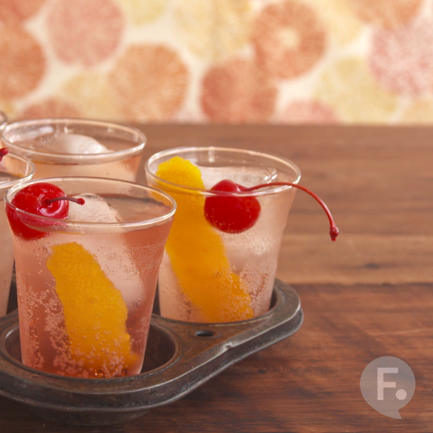 23 Classic Cocktail Recipes - Genius Kitchen