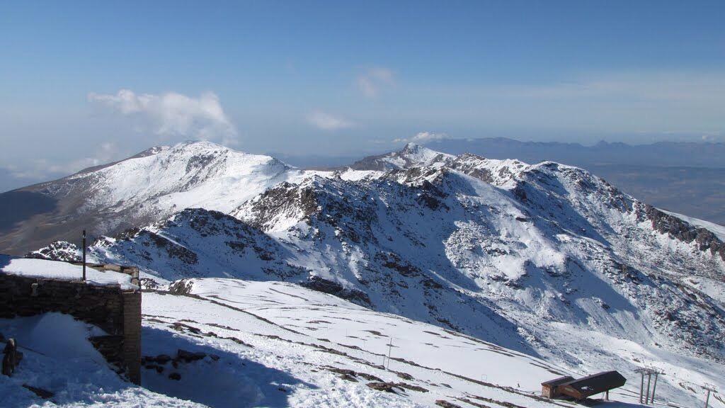 Desde Veleta Tajos de la Virgen y Cerro del Caballo Sierra Nevada