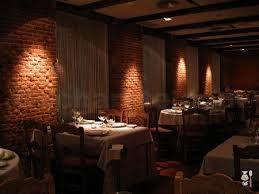 Resultado de imagem para restaurante rustico moderno