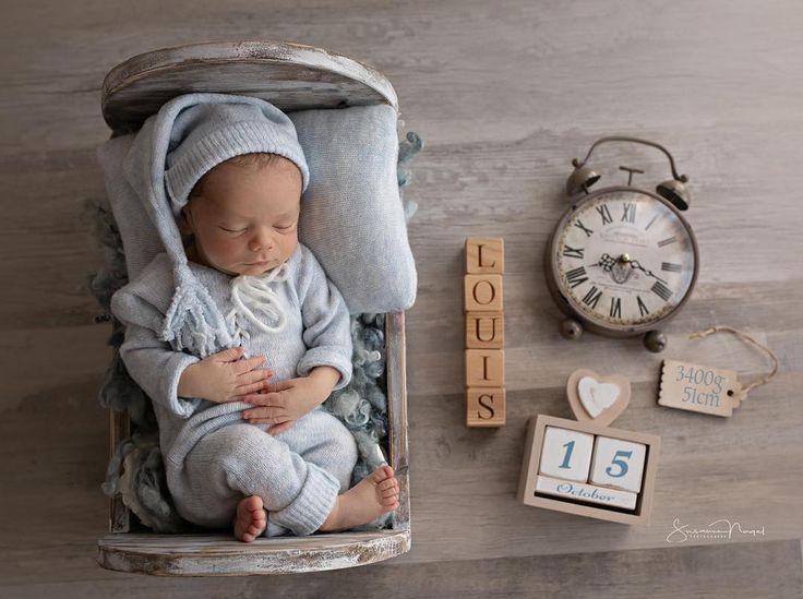 """Susanne Nagel Photography on Instagram: """"Beim Newborn Deluxe gibt es immer ein Bild mit allen Geburts Infos �. #neugeboren #10daysyoung #babyfotoshooting #newbornbaby #cutebaby…"""""""