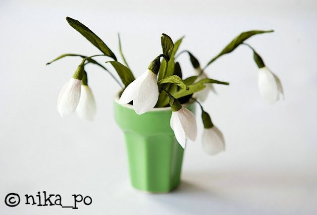Make A Paper Flower Snowdrops Home Decorating Ideas Paper Flowers Polymer Flowers Flower Making
