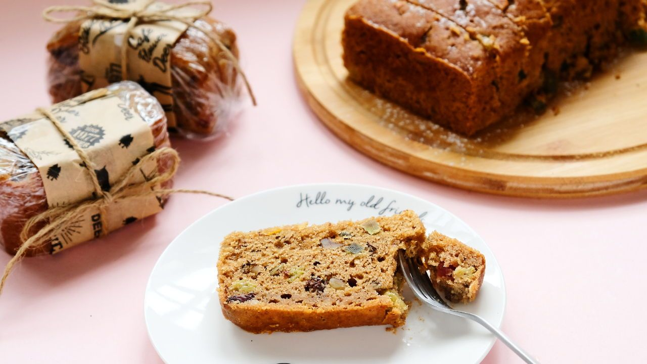 Here Is A 5 Step Recipe To Making The Best Fruit Cake It S Extremely Moist Tasty And Shouts Christmas The Recipe Fruit Cake Baking Supply Store Moist Cakes