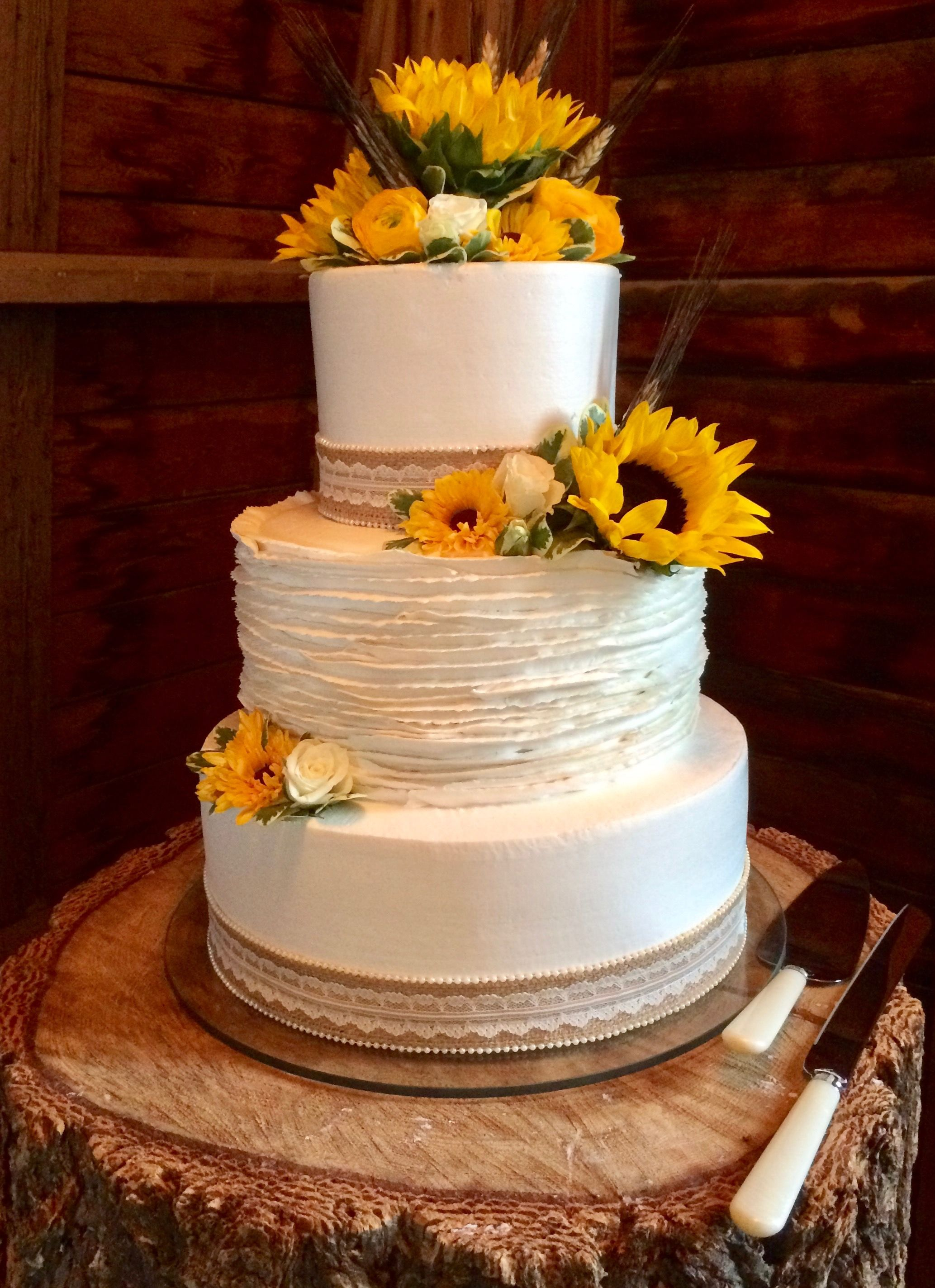 Country Sunflower Wedding Cake