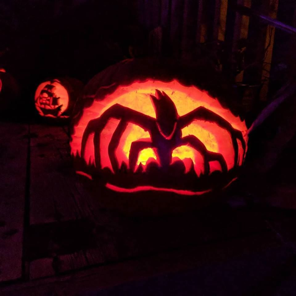Pin By Halloween On Costumes Stranger Things Pinterest