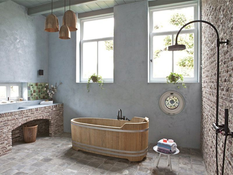 badezimmer einrichten klinker wand design putz badewanne holz ...