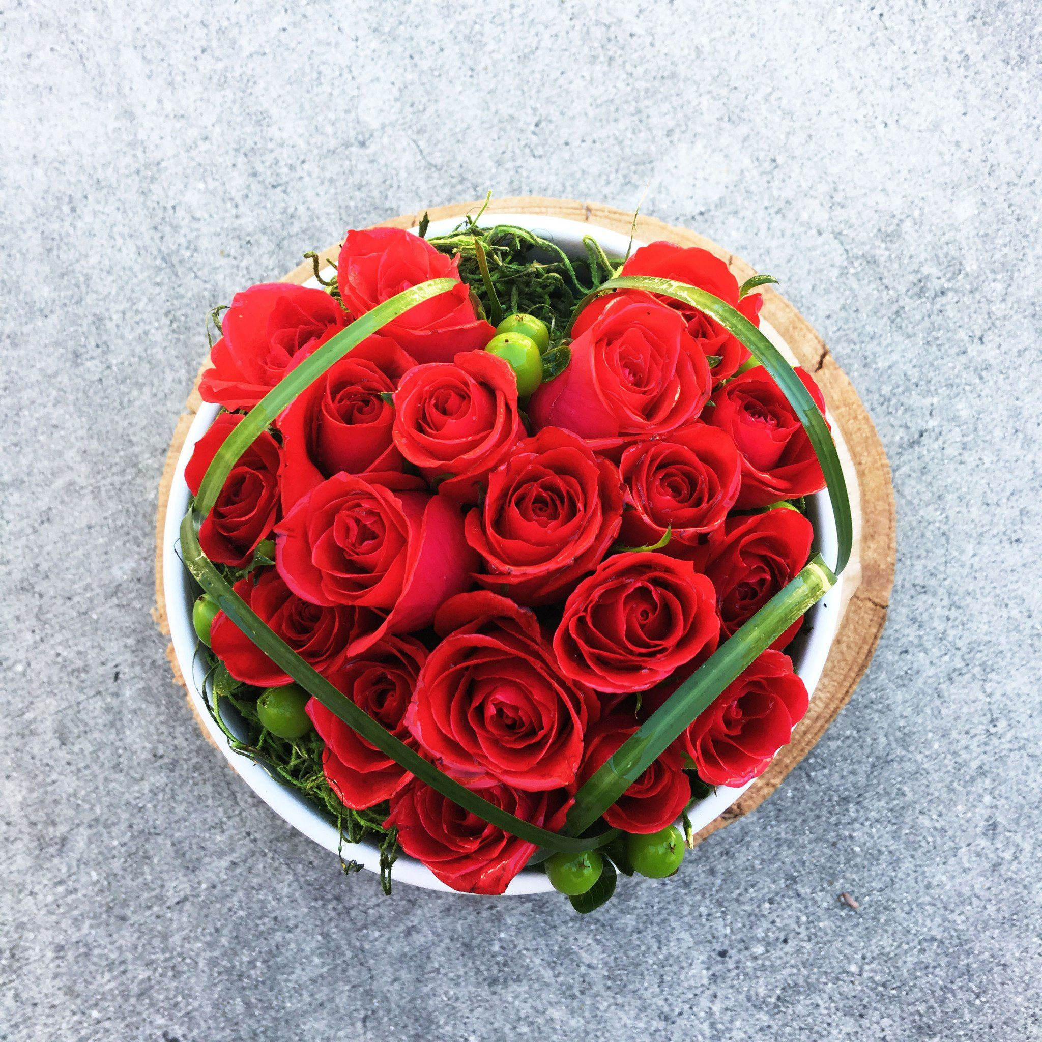 Red Rose Arrangements Flower Arrangement Ideas Heart Shaped Red