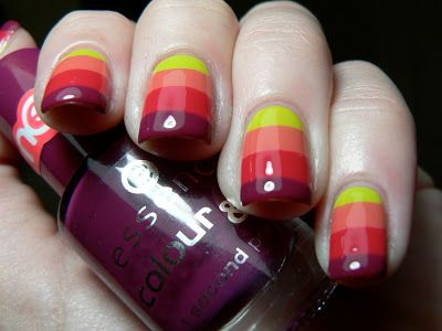 Fun with Essence and Crackle | Let them have Polish!
