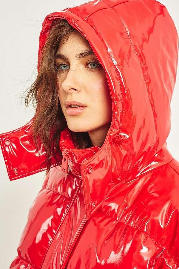 Light Before Dark Red Vinyl Hooded Puffer Jacket | Doudoune