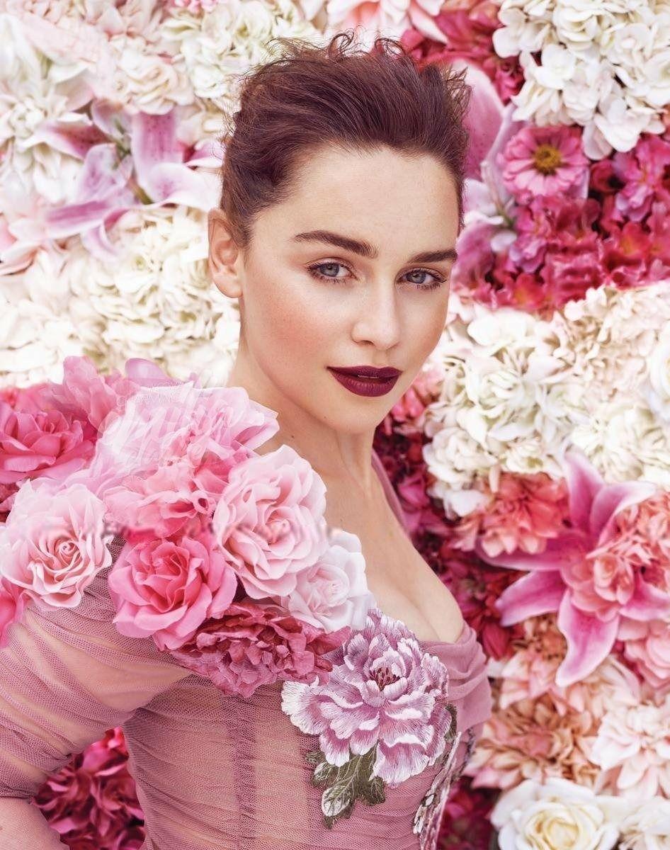 Pin by Clip Bin on Emilia Clarke | Emilia clarke, Emilia ...
