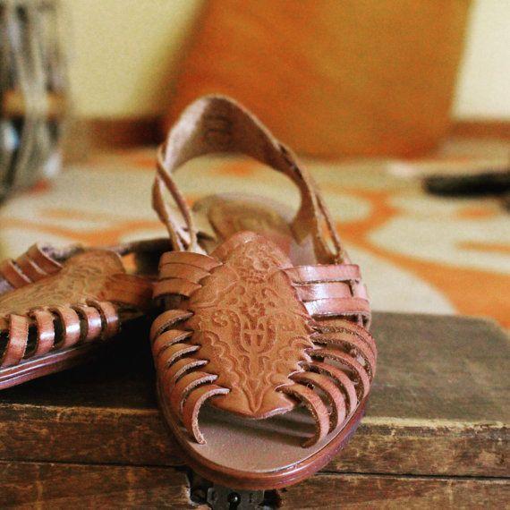 Leather sling back sandals sz 6