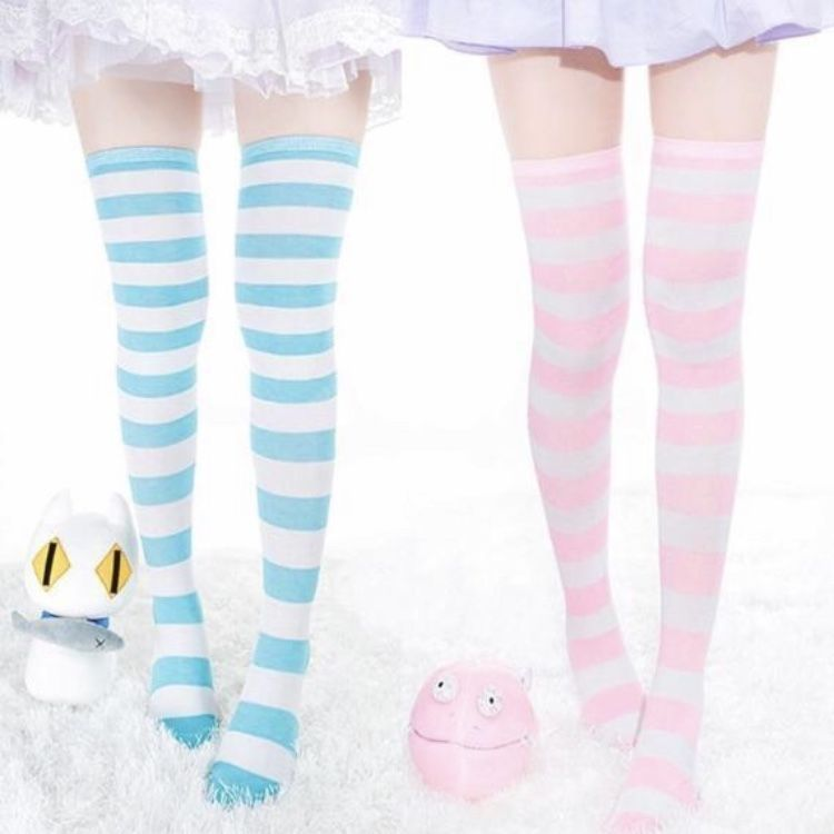Kawaii Striped Stockings – YamiKawaiiCo