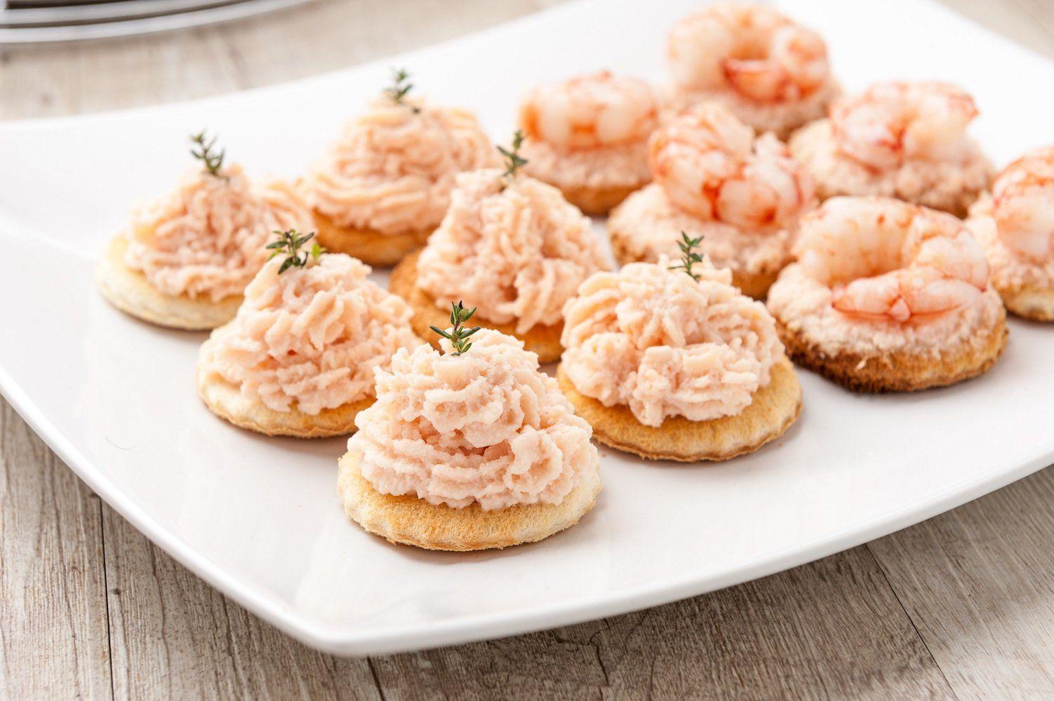 Idee Repas Nouvel An Pas Cher.Mini Blinis Et Mousse De Crabe Great Ideas For A Great