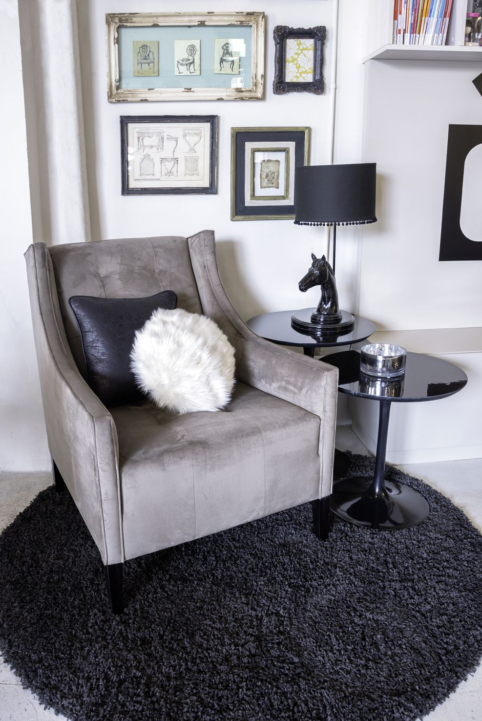Desde una c moda butaca tapizada hasta mesas auxiliares modernas pasando por cuadros antiguos - Butacas comodas ...