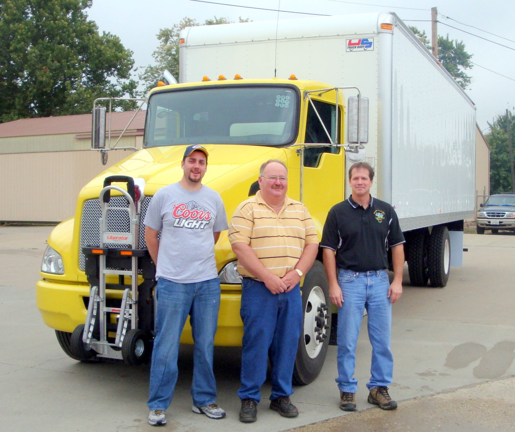 Hts Systems Visits Team At Us Truck Body In Illinois Truck Transport Truck And Trailer Trucks