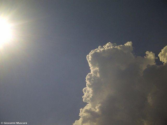 sole e nuvole by giovanni.muscara28, via Flickr