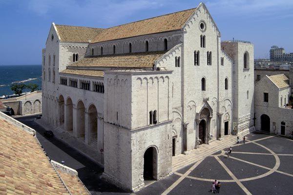 Risultati immagini per Basílica de San Nicolás, Bari