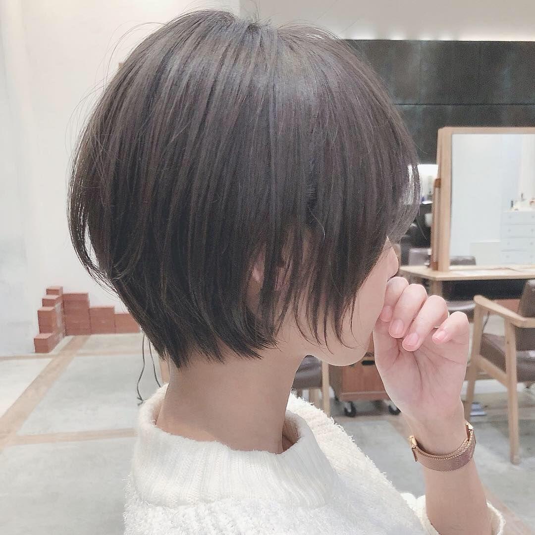 大人可愛いショートヘア かわいい くせ毛