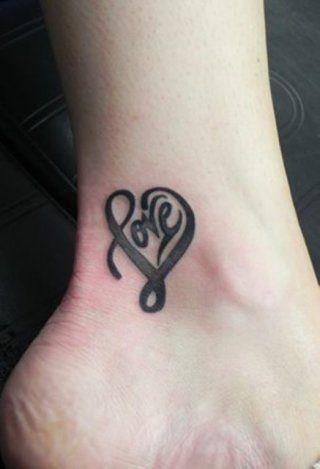Красивые маленькие татуировки для девушек | Любовные ...