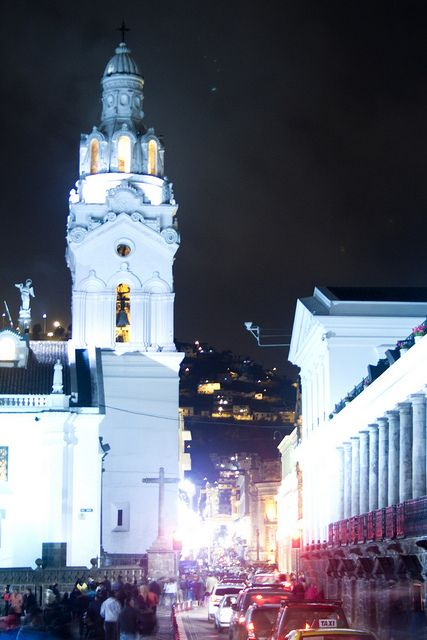 Procesión de Jesús del Gran Poder. Semana Santa en Quito ...   Semana Santa Quito