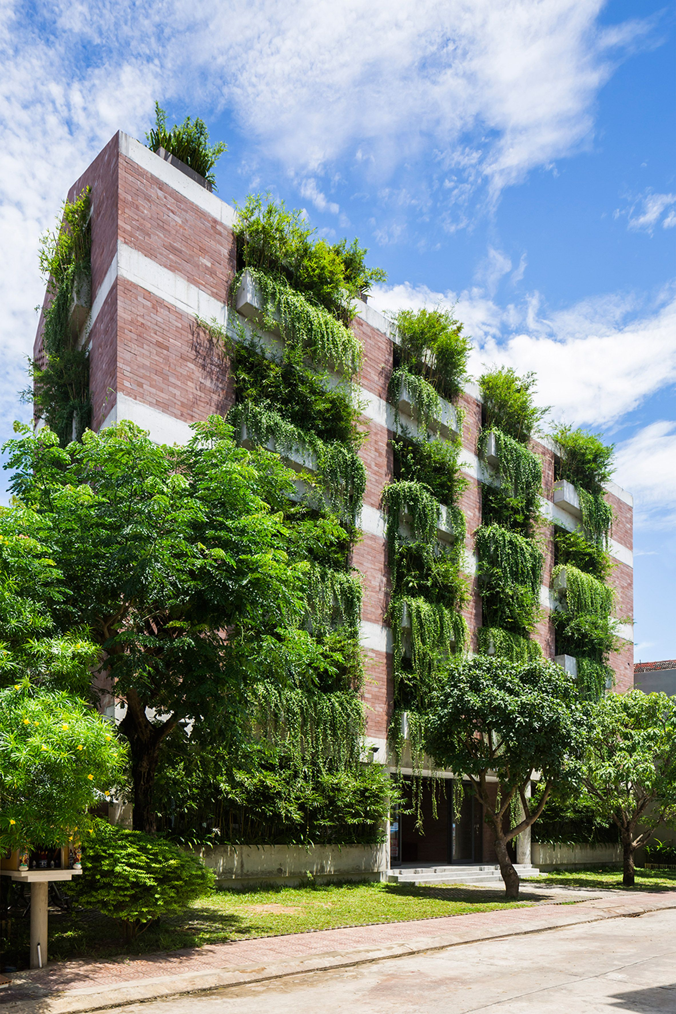 Vo Trong Nghia Completes Vietnam Hotel Featuring Walls Of Hanging Plants Sandstone Wall Green Facade Hanging Plants