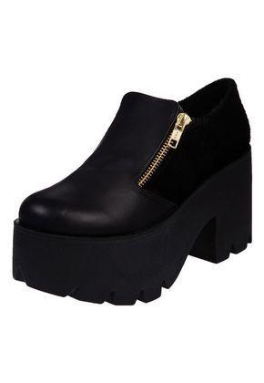 e22ad56e3e Zapato Negro Las Medusas Abotinado